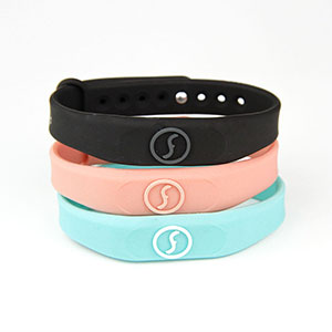 Fashionable Embossed Logo Silicone RFID Wristbands For Events