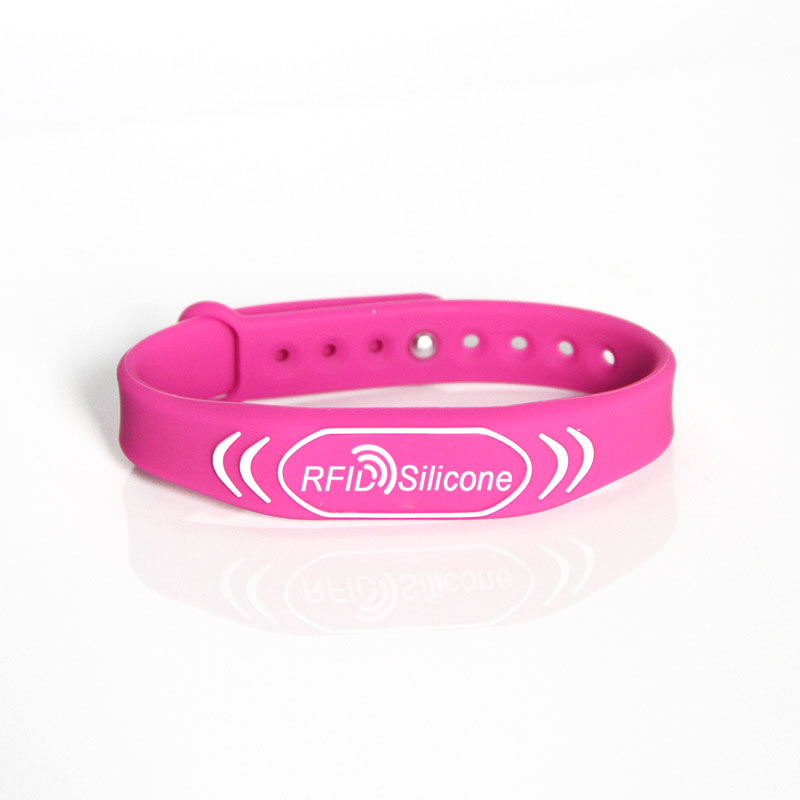 Waterproof NFC 13.56 MHz RFID Wristband With Embossed Logo