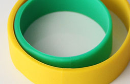 Same thickness Silicone RFID Bracelet For Event RS-CW022