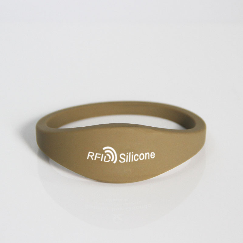 Closed Type Smooth Surface RFID Silicone Wristband Bracelet