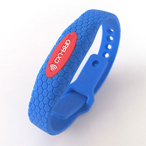 Adjustable RFID Wristband Cost of Waterproof Silicone Material